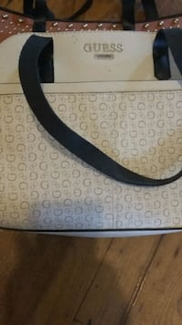 white and gray monogrammed Gucci leather handbag Winnipeg, R2W 0V2