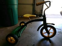 Green an yellow john deere tricycle Bethany, 73008