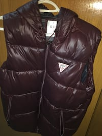 Small -  Red guess vest brand new - trading can be negotiable.