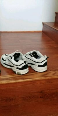 Mens size 13 runners Surrey, V3W 5N1