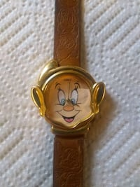 Disney watch (Dopey) batteries included
