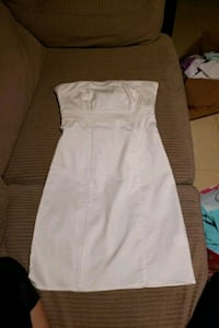 White tube top dress size 2 Toronto, M6L 3C7