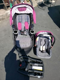 Graco stoller and carseat(like new)