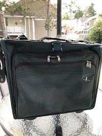 Vintage dark green garment luggage bag Vancouver, V5S