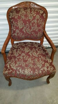 Accent chair. Carved wood design. Virginia Beach, 23464