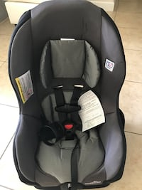 Baby's black and gray car seat NEVER USE Miami, 33177
