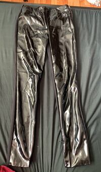 Marciano pant size xs