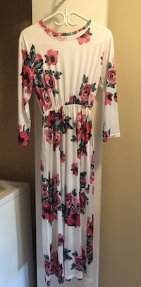 Women's dress  Mississauga, L5N 2P2