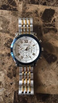 Round silver-colored chronograph watch with link bracelet 396 mi