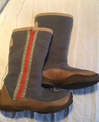 Sorel boots, size 7 ladies, worn a few times, great shape. Front Royal, 22630