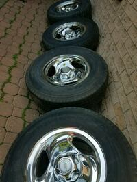 chrome 5-bolt ford truck wheel with tire set Toronto, M1E 3Y3