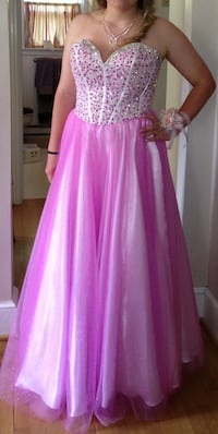 Prom/ Pageant dress Charles Town, 25414