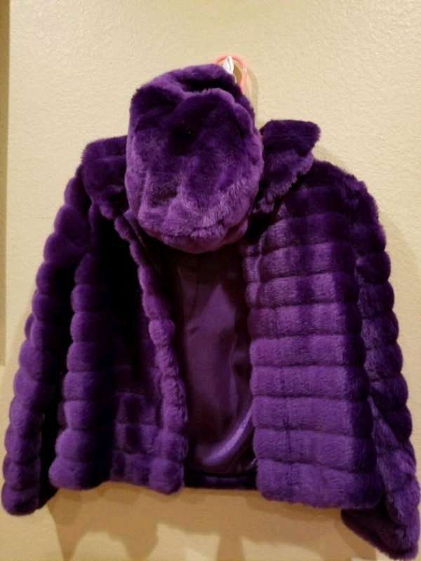 Used purple and black knit cap for sale in Wylie - letgo d97c08dc9ae8