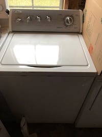 White top load clothes washer Alexandria, 22310