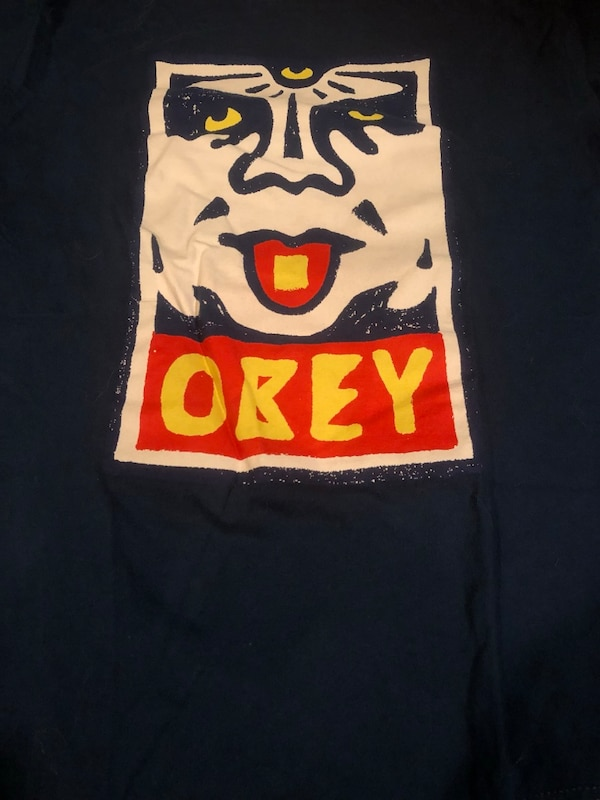 Lot of 26 OBEY t shirts. - size small - STREETWEAR 03fb2084-7733-4c26-868a-af12490fdeb1