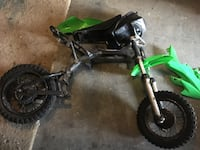 Mini pit bike frame, wheels, and plastics  2238 mi
