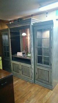 Coffee  center/ 2 lighted curio cabinets Crossville, 38572