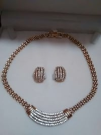 Fifth Avenue Collection Necklace and Earings Cambridge, N1R 7B7