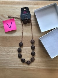 Jewelry- New Necklace earrings & gift box