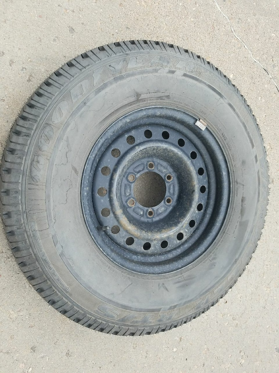 1 spare tire size 265/70/16 - $50