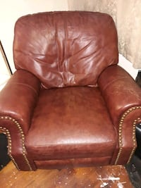 brown leather recliner North Miami Beach, 33162