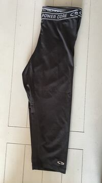 Size small cropped leggings  Windsor, N9E 3E3