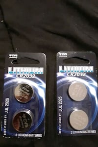 2 packs of cr2032 lithium bateries