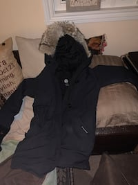 WOMENS LARGE CANADA GOOSE JACKET ROSSCLAIR PARKA NAVY Vaughan, L4L 8B3