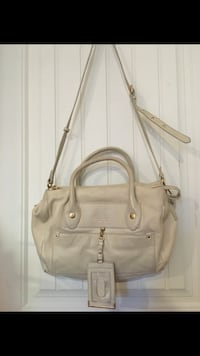 Marc By Marc Jacobs GROOVEE LEATHER SATCHEL*New Price* Richmond, V7E