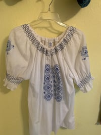 Beautiful Greek Peasant Blouse. Brand new.  Carmichael, 95608