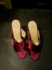 New York and Company Burgundy Heels West Springfield, 22152