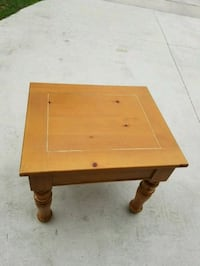 Solis pine light brown wooden coffee table Kissimmee, 34743