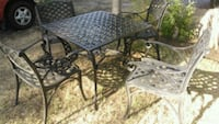 Metal patio table and chairs Fresno, 93704