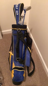 Jr golf clubs perfect for starting out at the range Surrey, V4N 5K4