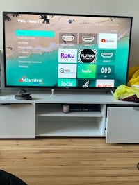 TCL 4k TV - 49 inches  smart roku tv. Model 49S405. Extremely good condition. New York, 10028
