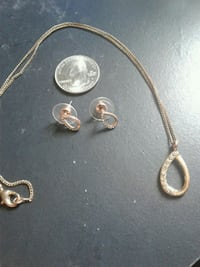 Rose gold Colored Necklace and Earring set Lexington, 40504