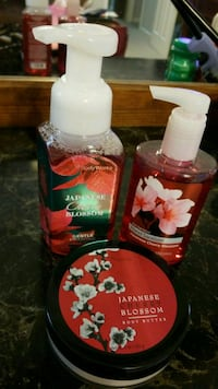 Bath & Body works gift sets.... $15 Memphis, 38016