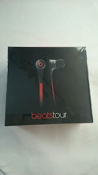 BEATS TOUR HEADPHONES BY DR DRE BRAND NEW SEALED Ontario, L4L 1V3