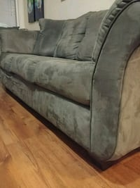 gray fabric 3-seat sofa Vaughan, L4L 2H7