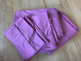 Pink set of sheets (full size)