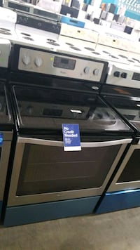 Whirlpool glass top electric Stove 30inches,  Hauppauge