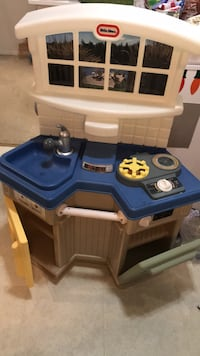 Used Little Tikes Kitchen - clean - not broken Alexandria, 22315