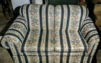 white and gray floral fabric sofa Union Gap, 98903