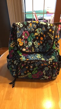 Vera Bradley Midnight Paisley Backpack, excellent condition Lancaster, 14086