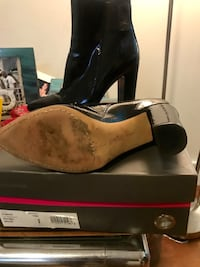 Vince Camuto Boots Columbia, 21044