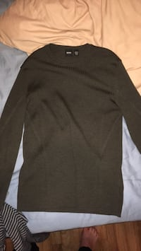 Hugo Boss brown sweater  Annandale, 22003