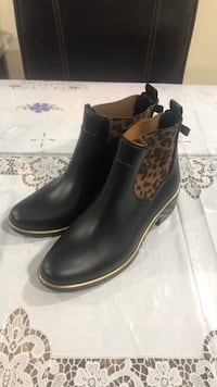 Kate spade ankle boots Dearborn, 48126