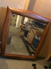 Wooden Frame mirror like new! Jackson, 08527