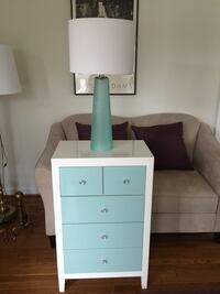Chest with lamp Centreville