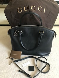 Authentic Beautiful medium size Gucci handbag worn once Stamford, 06902